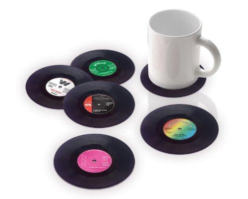 Mini Schallplatten als Untersetzer um 14€ http://www.amazon.de/Vinyl-Untersetzer-Schallplatte-6er-Set/dp/B004FOUOOE/ref=pd_sim_k_4?ie=UTF8&refRID=0GTFRWDGRW771XPX42F0