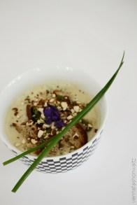 Rezept Topinambursuppe mit Croutons und Mandeln Dekoration Schnittlauch VeilchenBeauty Lifestyle Blog Wien Vienna Fashion Waltz (7)