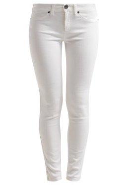 Sisley Jeans Slim Fit white Zalando Fashionblog Wien www.viennafashionwaltz.com