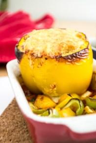 Gefüllte Paprika mit Bulgur   Vegetarisches Rezept