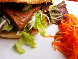 Restaurant Landia, vegetarisch in Wien, Burger, viennafashionwaltz, Landia - Vegetarisches Restaurant in Wien