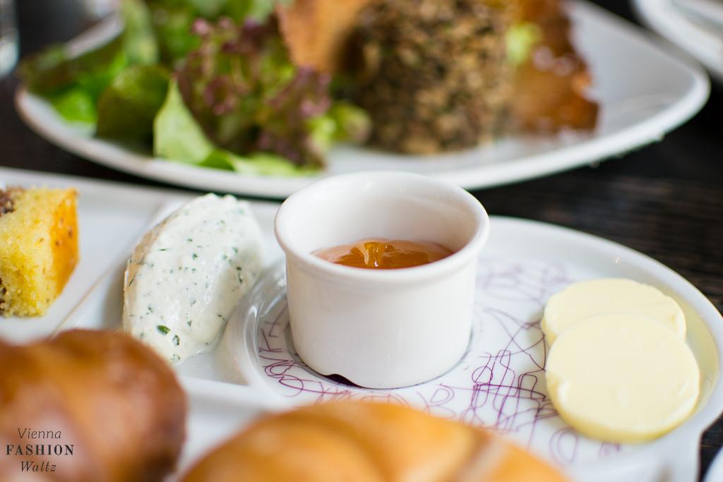 Cafe Aumann Wien Restauranttest Foodblog www.ViennaFashionWaltz.com Österreich Austria (25 von 52)