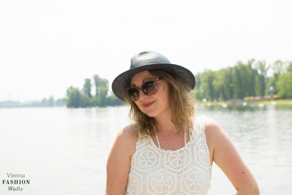Fashionblog Wien Österreich www.viennafashionwaltz.com White Summer Dress Desigual (16 von 38)