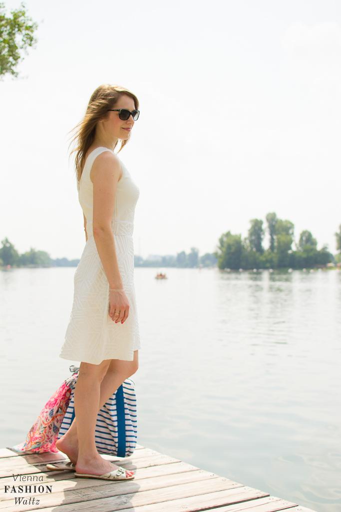Fashionblog Wien Österreich www.viennafashionwaltz.com White Summer Dress Desigual (500 von 1)