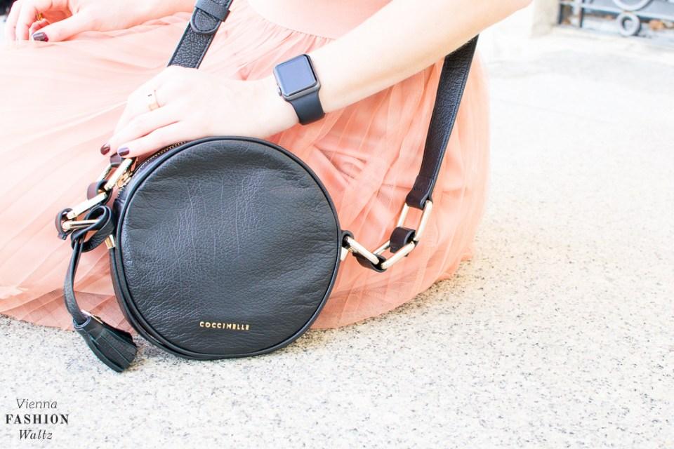 fashion-lifestyle-blog-wien-austria-www-viennafashionwaltz-com-plisseerock-32-von-56
