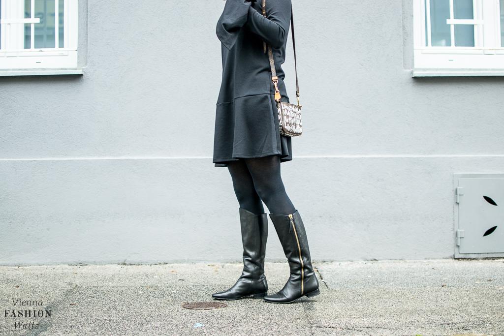 Fashion Food Lifestyle Blog Wien Austria Österreich www.viennafashionwaltz.com All Black Outfit Look Black Dress (7 von 50).jpg