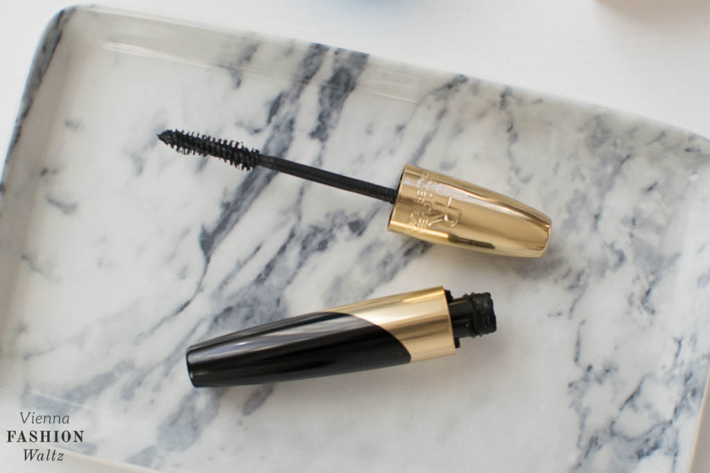 Helena Rubinstein Mascara | Flight Essentials: Beauty for hand luggage
