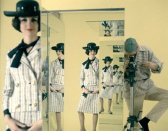 Fashion+in+the+mirror,+Self-Reflection+in+Fashion+Photography+3