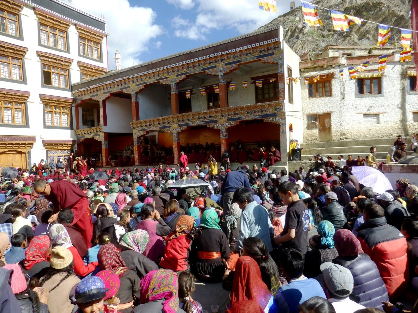 Fête rligieuse au monastère de Lamayuru