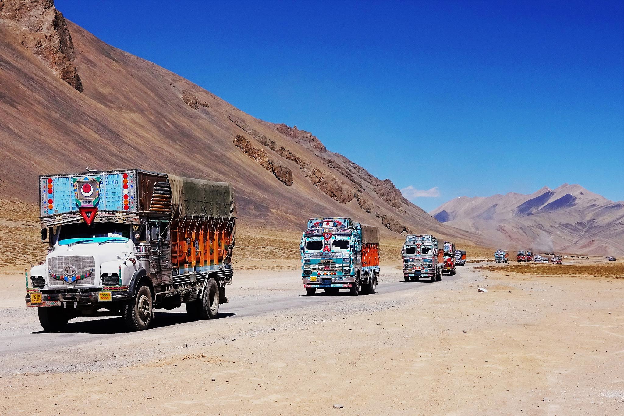 Camions au Ladakh