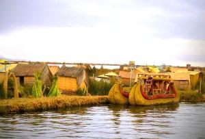 Ile flottante Pérou Lac Titicaca