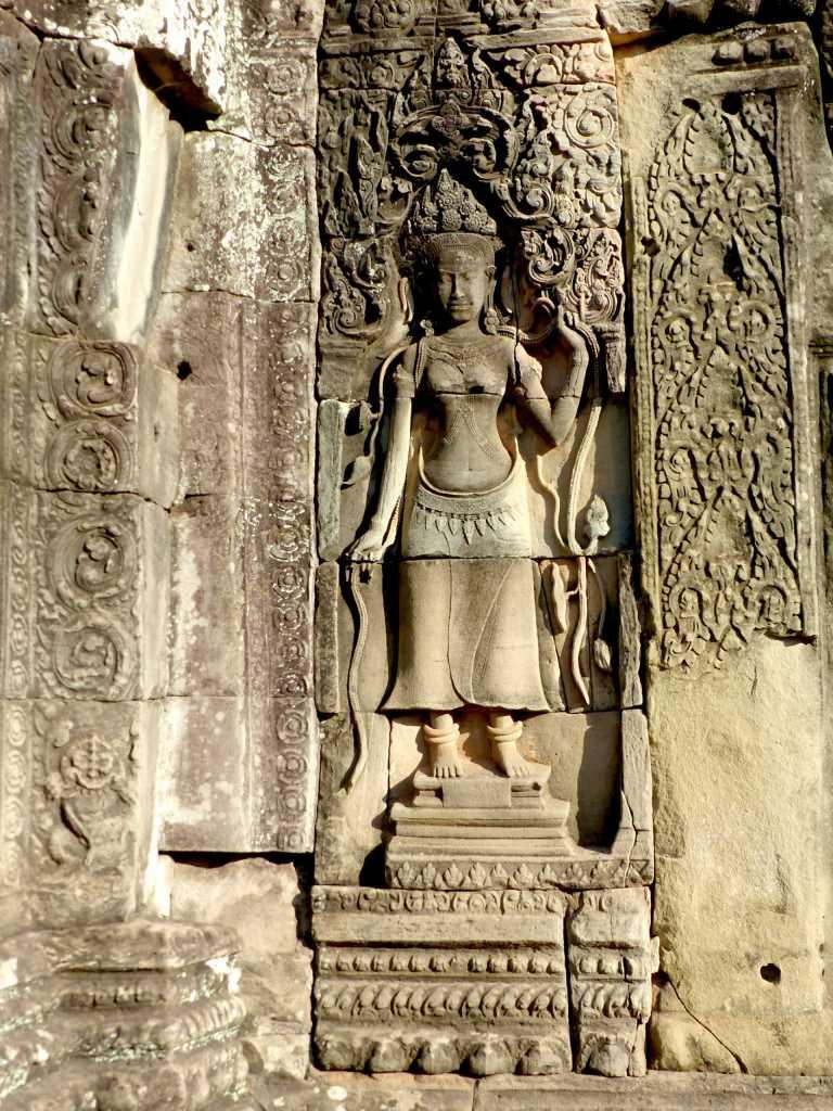 Angkor Thom bas reliefs