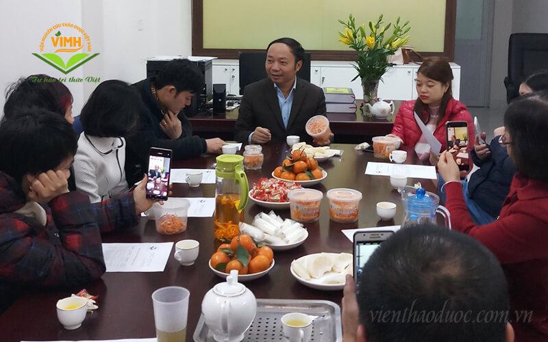 Tiến sĩ Phạm Văn Nhạ - Viện trưởng Viện Nghiên cứu thảo dược Việt Nam