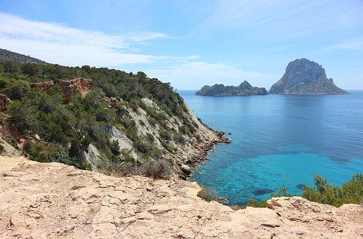 Crucer Ibiza, Formentera. Salida desde El Port Olimpic De Barcelona.
