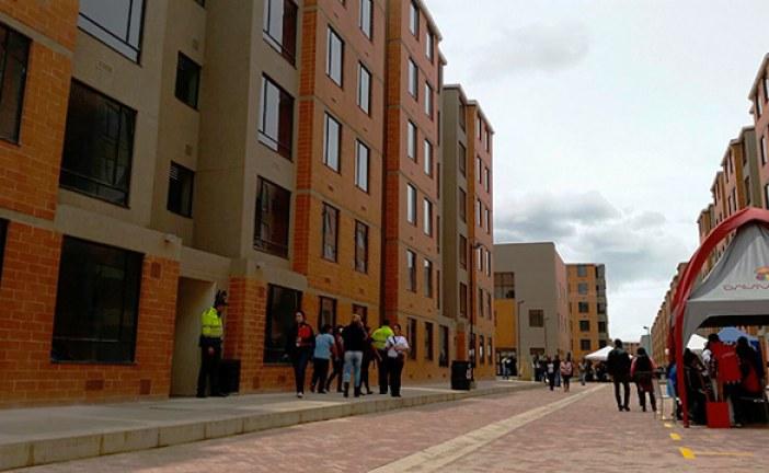 Distrito y Nación entregan más de 900 viviendas de interés prioritario en Bosa y Kennedy