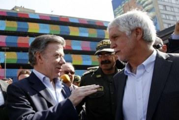 Santos y Peñalosa anunciaron la construcción de 80 mil viviendas en la ciudad