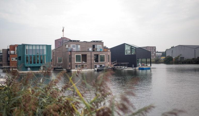 Nachhaltig auf dem Wasser leben – Das Schoonship Project in Amsterdam
