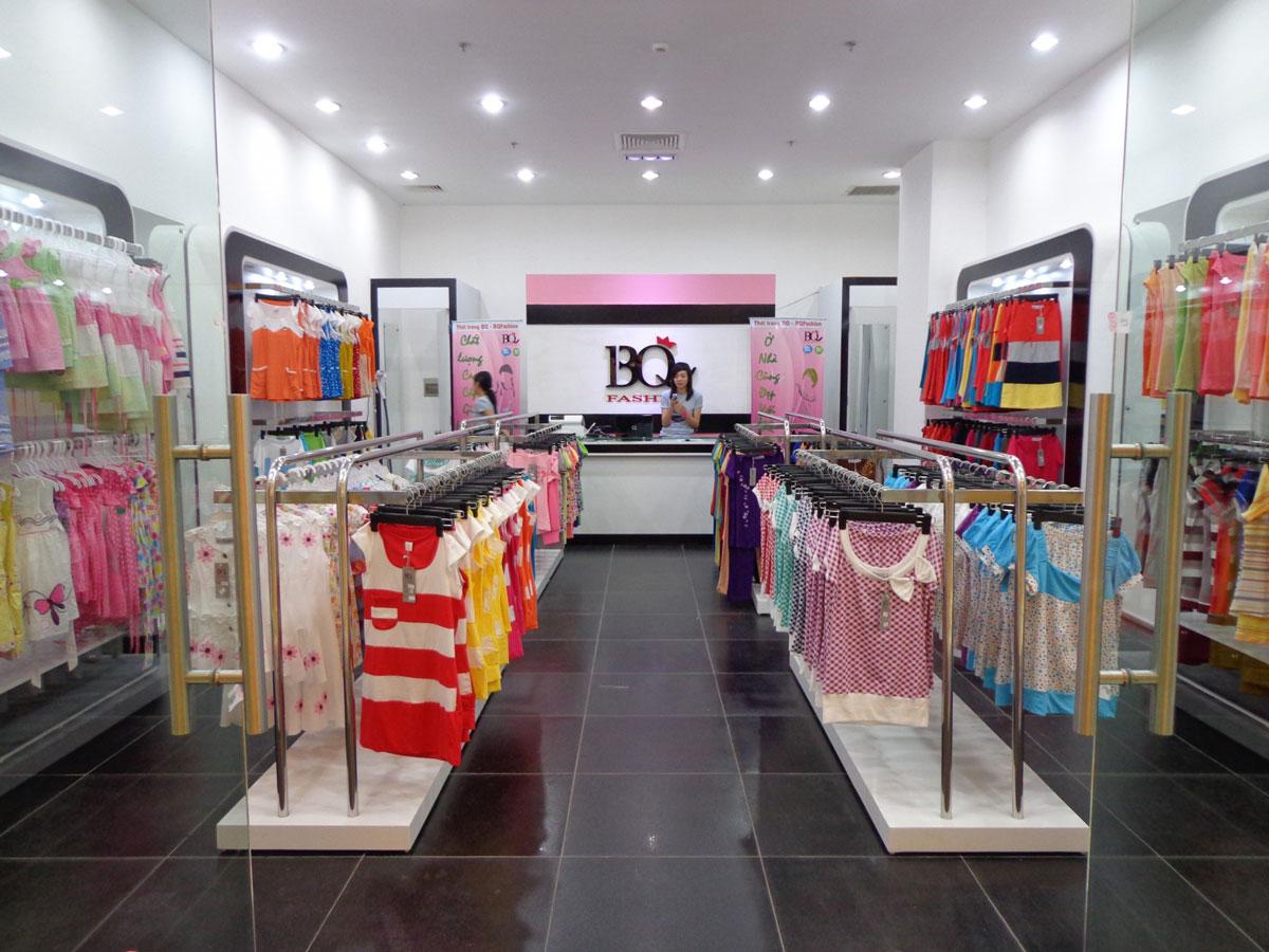 thiết kế nội thất cửa hàng thời trang trẻ em