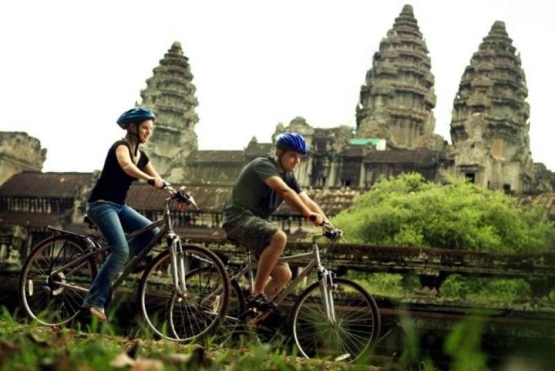 CIRCLE OF CAMBODIA BIKING TOUR