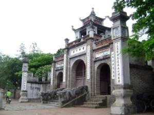 HANOI TOUR TO CO LOA CITADEL & BAT TRANG VILLAGE