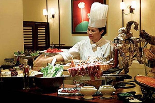 HANOI COOKING CLASS AT SOFITEL METROPOLE HOTEL