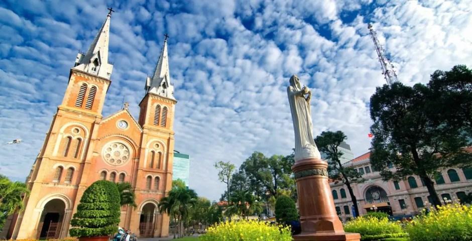 10– DAY TOUR IN VIETNAM & CAMBODIA