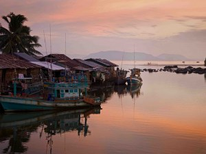 Cambodia Adventure Tours: Phnom Penh Venturing Tour In Focus