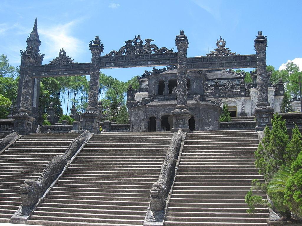 Day Tour In Danang Viet Name
