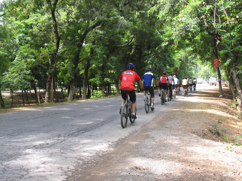 MANDALAY BIKING TOUR FOR A HALF-DAY