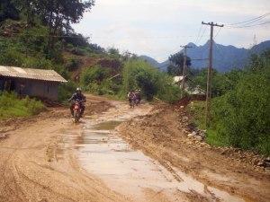 HOI AN MOTORBIKE TOUR TO HUE VIA KHE SANH