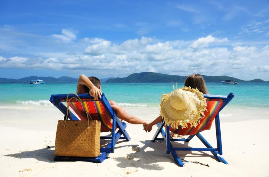 SUNRISE PHUKET BEACH HOLIDAY FOR HONEYMOONERS