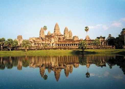 14 – DAY TOUR IN CAMBODIA & VIETNAM