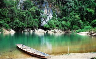 Laos adventure tours with Konglor cave - Laos adventure tours