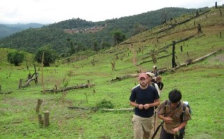Laos tours of unknown hilltribes - Laos adventure tours