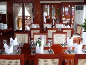 Avalon Angkor Cruise