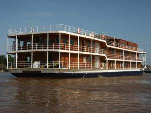 RV Indochine Cruise Trip from Saigon to Siemreap - 10 Days