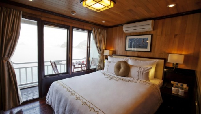 3-Day Halong Bay Tour with Aphrodite Cruise