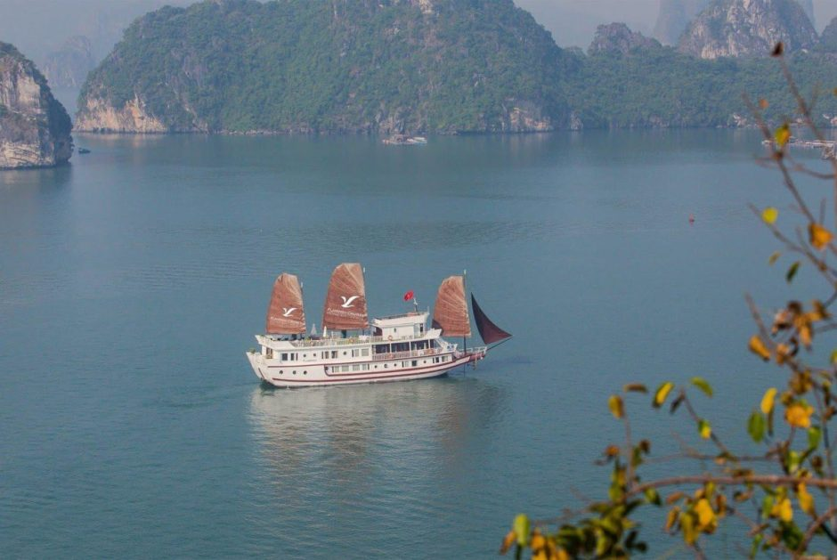 4-DAYS SPECIAL PACKAGE TOUR WITH FLAMINGO CRUISE