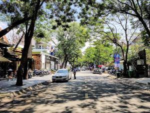 Vietnam_Hochiminh_DIst2_ (1)