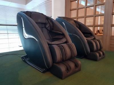 Vietnam_Danang_CIP Lounge Massage Chair