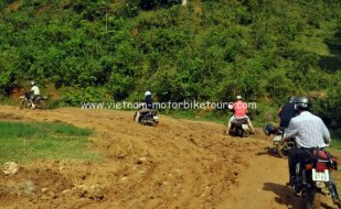 Motorbike Tours in Vietnam North West Pic10