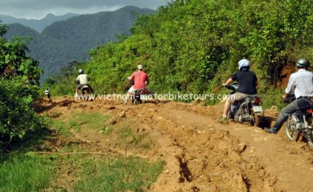 Motorbike Tours in Vietnam North West Pic12
