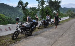 Motorbike tours in Central Vietnam Pic1
