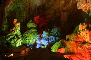 Tien Son Cave 2