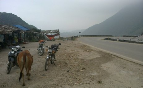 Motorbike Tours in Vietnam North East Pic04