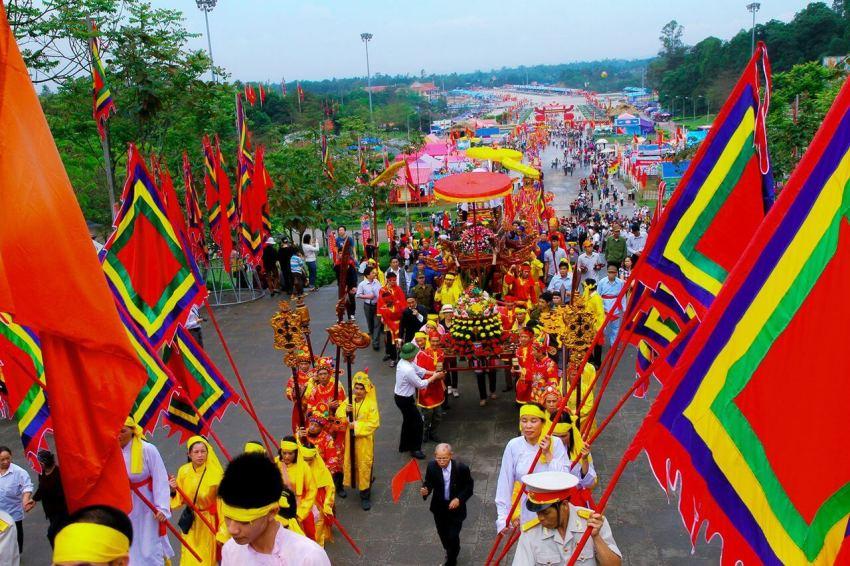 День памяти королей Хунгов во Вьетнаме