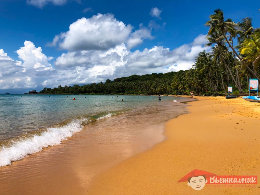 Пляж на острове Тхом (Фукуок, Вьетнам)