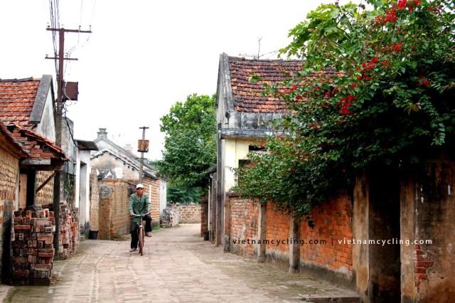 bike, cycle duong lam ancient village