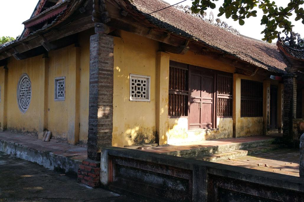 hanoi countryside, local temple