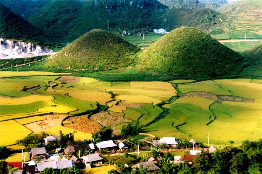 Ha Giang - Gallery : Vietnam North-East Motorbike Tours